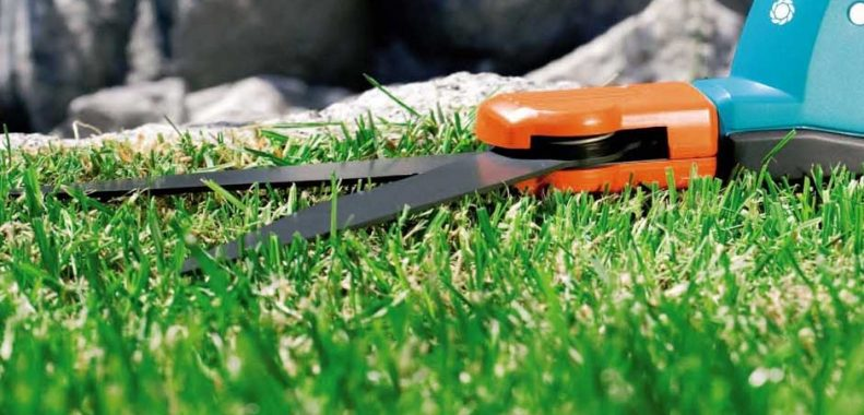 how to sharpen grass clippers
